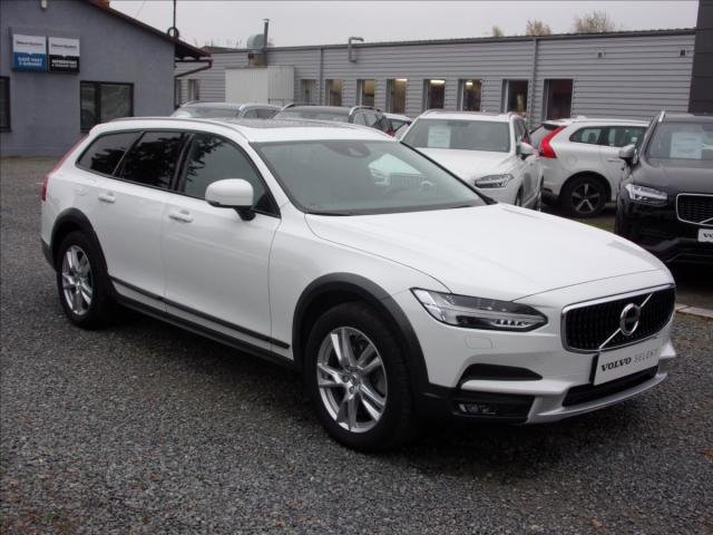 Volvo V90 2,0 D4 AWD CROSS COUNTRY PANOR